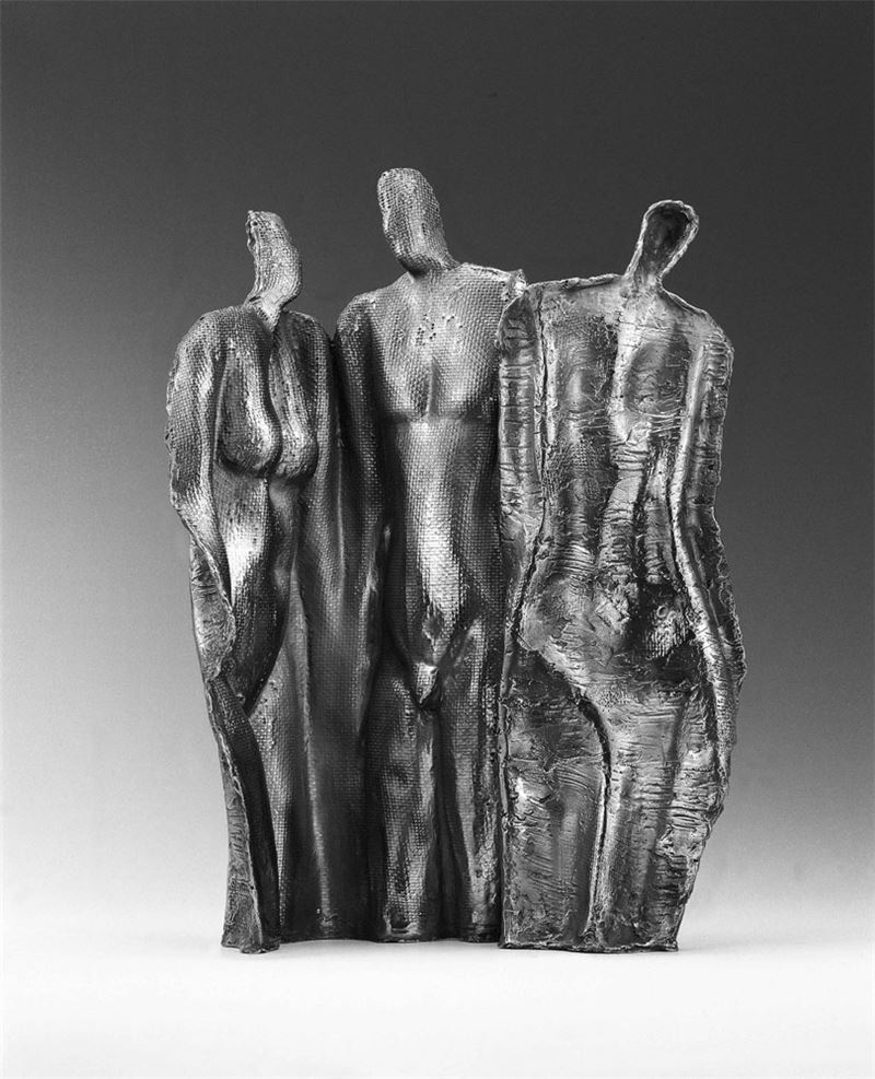 HSIEH Tong-liang〈New Lover and Old Lover〉1994 Stainless steel 40×19×56.8 cm