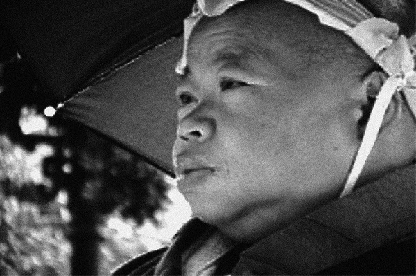 Through its impressive black-and-white cinematography, this film captures both the seediness and the serene silence of the temple,
