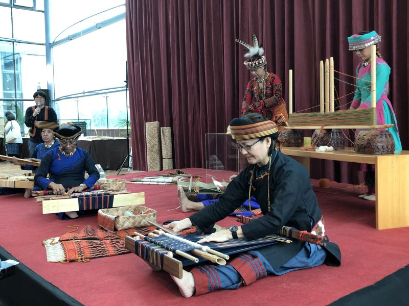 Paiwan weaver revives traditional textile arts