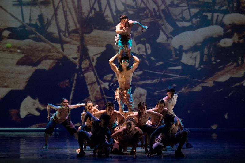 Taiwanese circus troupe in Houston