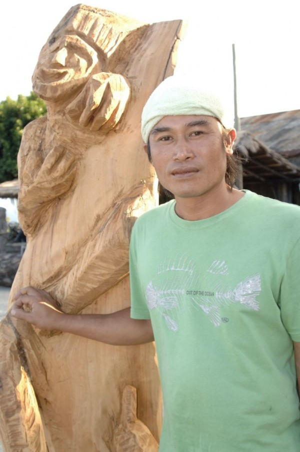 Amis Woodcarver | Siki Sufin
