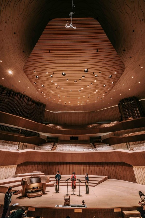 Students visit Kaohsiung center for world-class aural tour