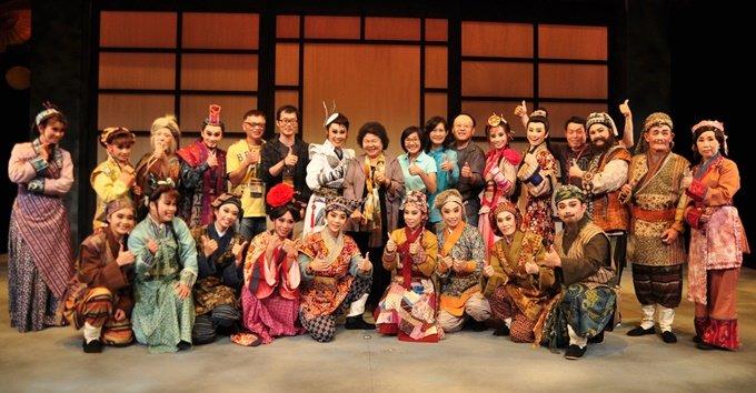 春美歌劇團