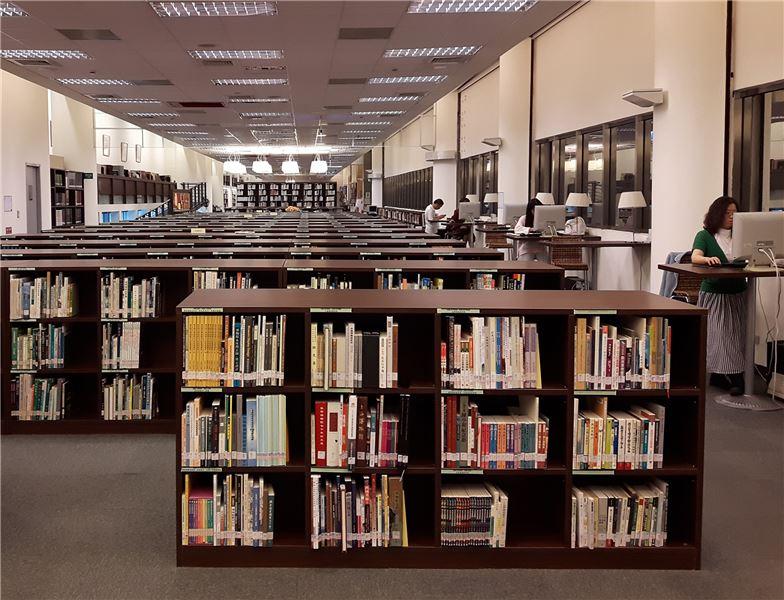 資訊中心圖書區