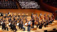 旅美女高音陳麗嬋與205人合唱團共同演唱《愛與希望》
