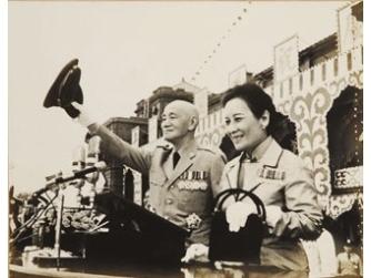 跨世紀第一夫人─宋美齡(1897-2003)