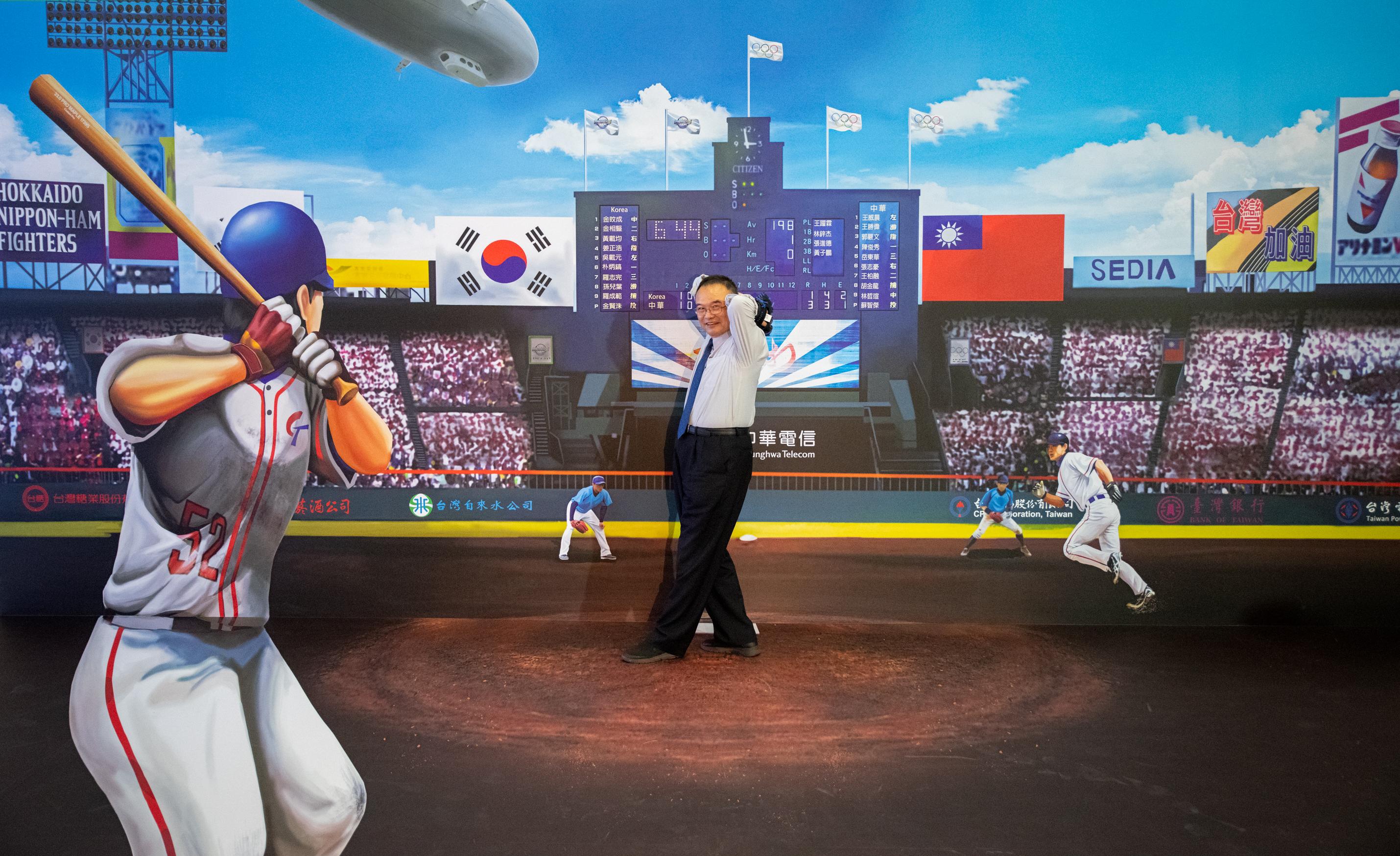 20200925「3D視角‧EYE TAIWAN」開幕典禮-蕭政次宗煌與作品合影
