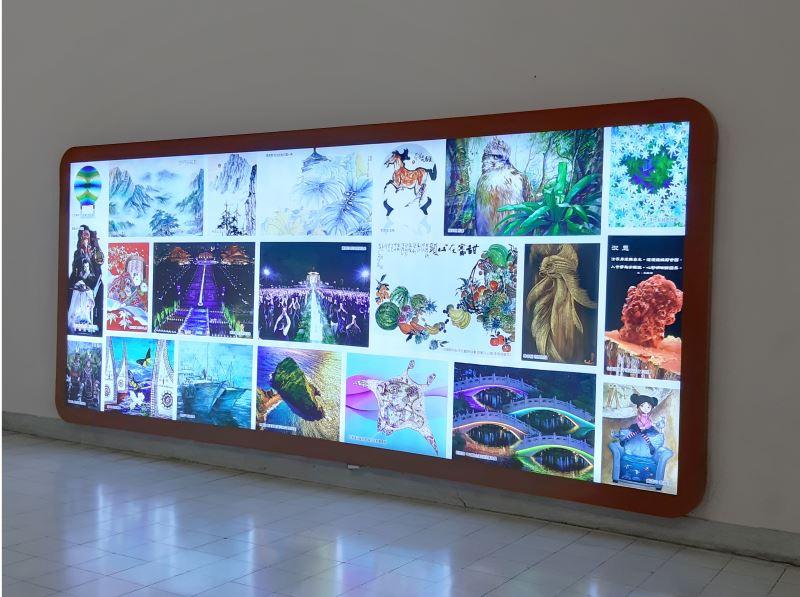 20190926中央通廊照片展示裝置