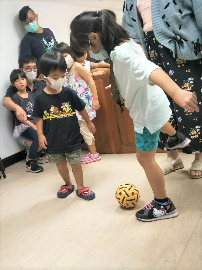 20201004藝學堂-島民日常美學緬甸藤球童玩介紹與製作教學