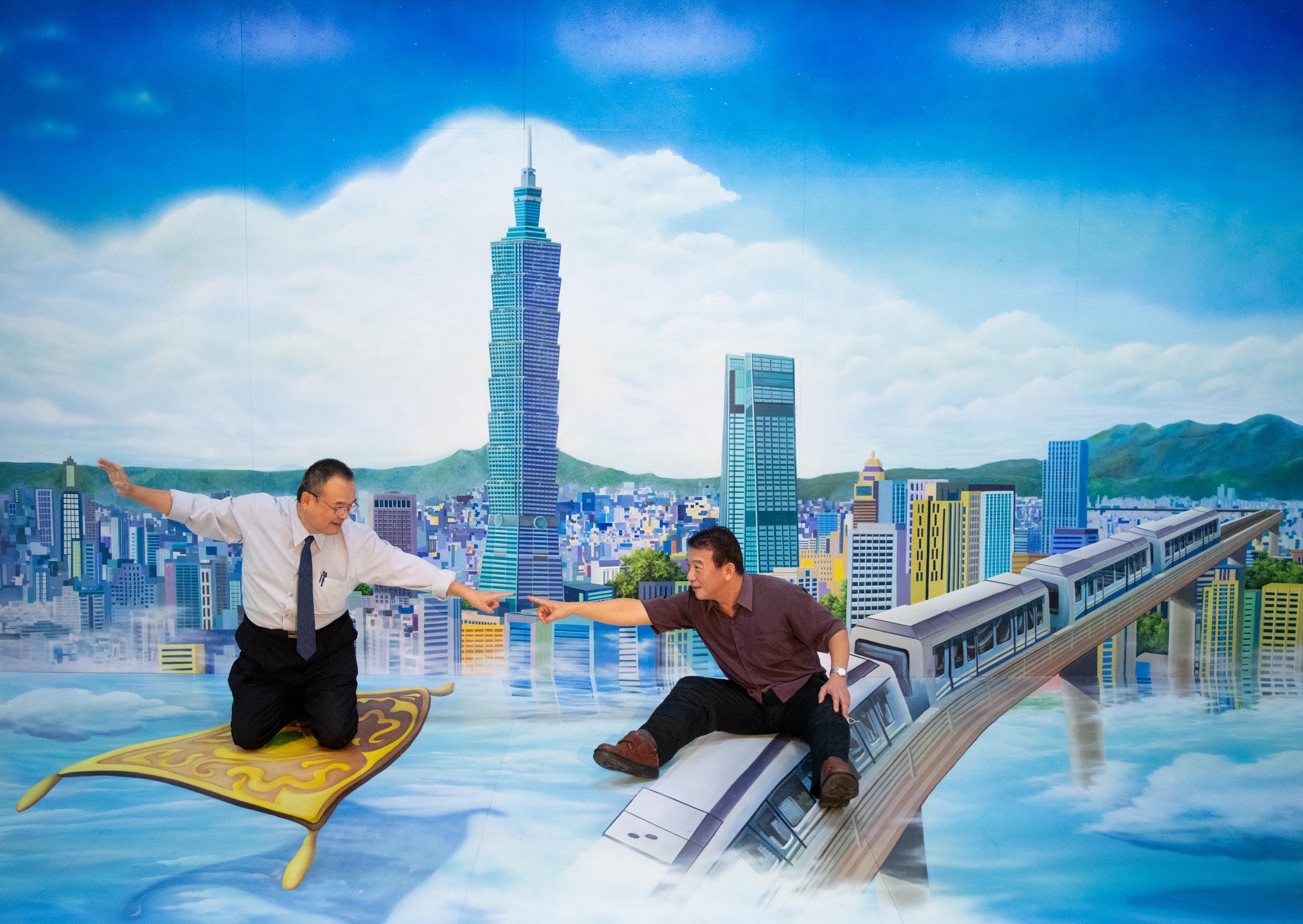 20200925「3D視角‧EYE TAIWAN」開幕典禮-蕭政次宗煌與林處長進盛合影
