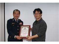 12-2011年02月16日新店警局
