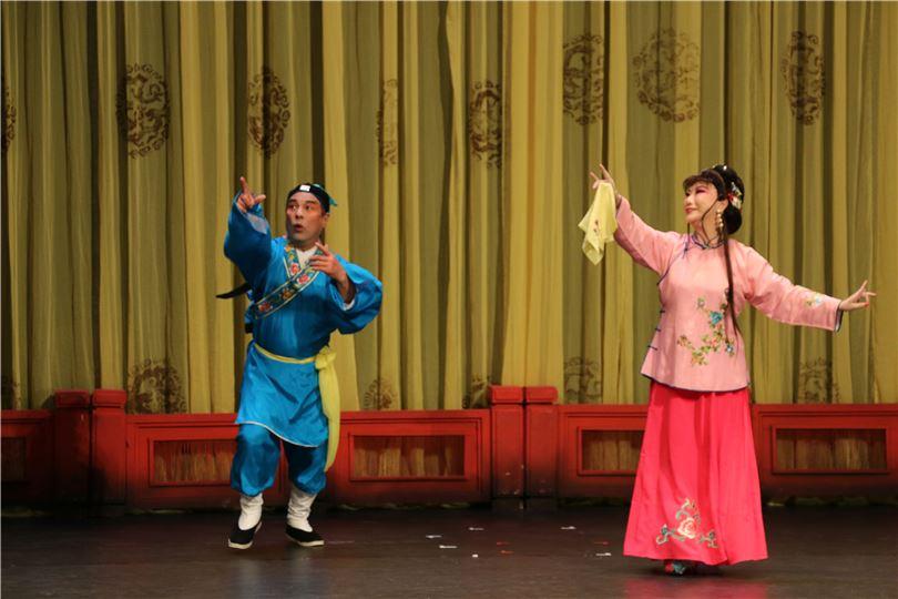 韻清樂舞劇綜合藝術團【黃梅小戲《夫妻觀燈》、《戲牡丹》】