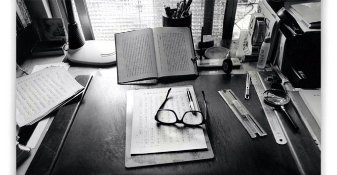 Chen Qianwu's Desk (Source: Photographer Lin Boliang)