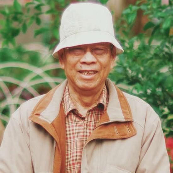 Writer   Cheng Ching-wen