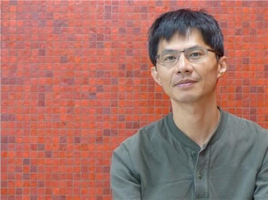 Novelist | Kan Yao-ming