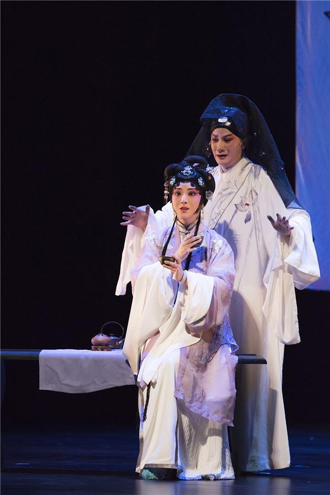 當代崑曲《春江花月夜》描述一種當代欠缺的深刻信諾。