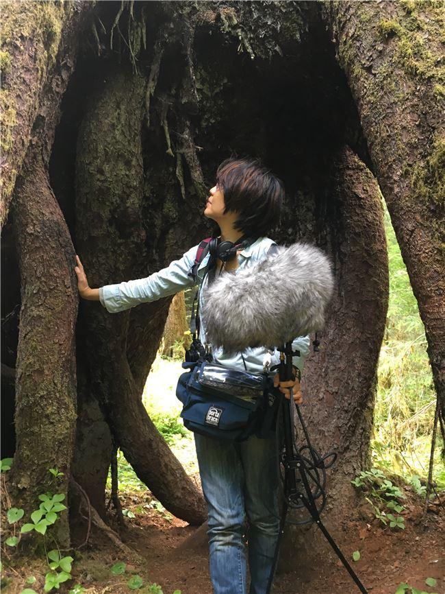 范欽慧從作曲家李英的創作中,聽見了東北季風,聽見了臺灣地質的變動,「國樂完全可以詮釋土地的聲音。」