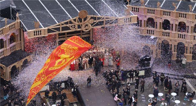 「聖馬可之獅降臨」儀式象徵嘉年華圓滿成功。