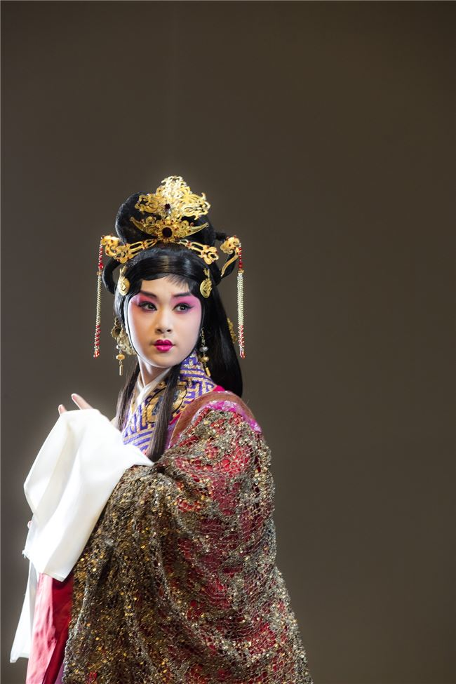 國光劇團新編京劇《西施歸越》將由23歲的新秀林庭瑜獨挑大樑演出。