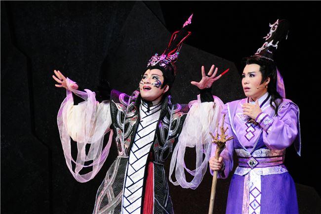 一心戲劇團100年大戲-《狂魂》。