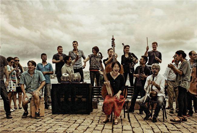 從中國傳統樂器、非洲叢林音樂到中亞樂器,絲路計畫將這些不同樂器的前世今生重新介紹給世人。