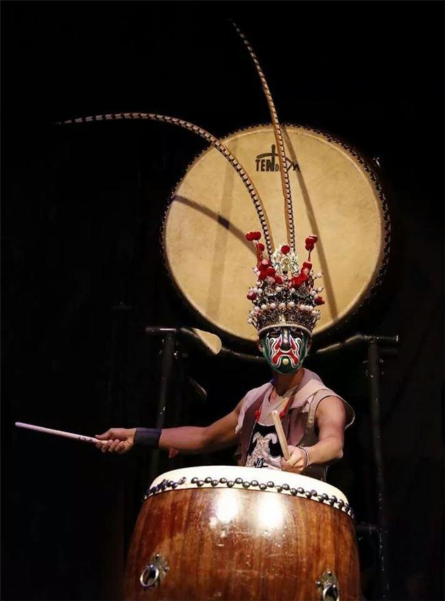 孫正學與十鼓擊樂團受邀參加英國愛丁堡藝穗節「臺灣印記」演出。