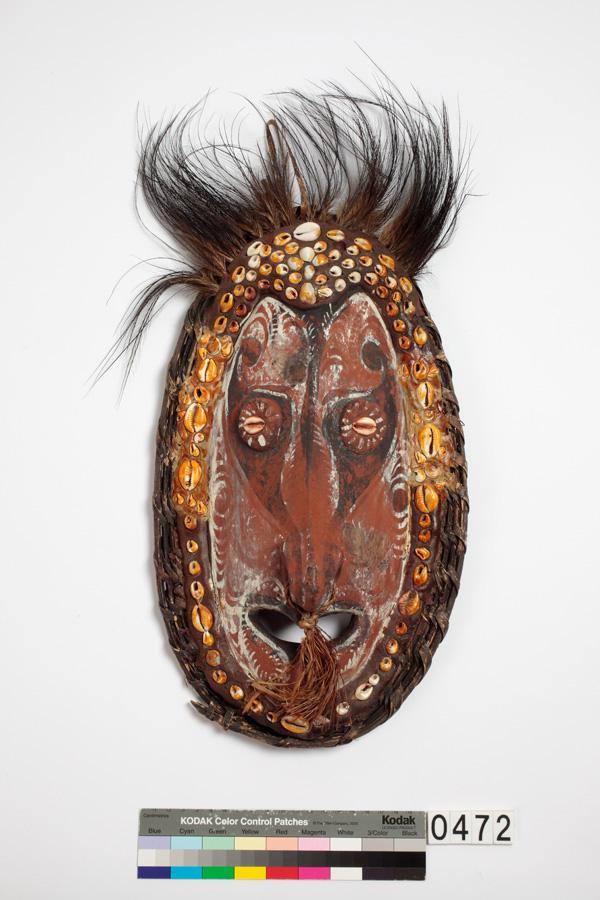 圖8 面具(巴布亞新幾內亞希匹克河流域)