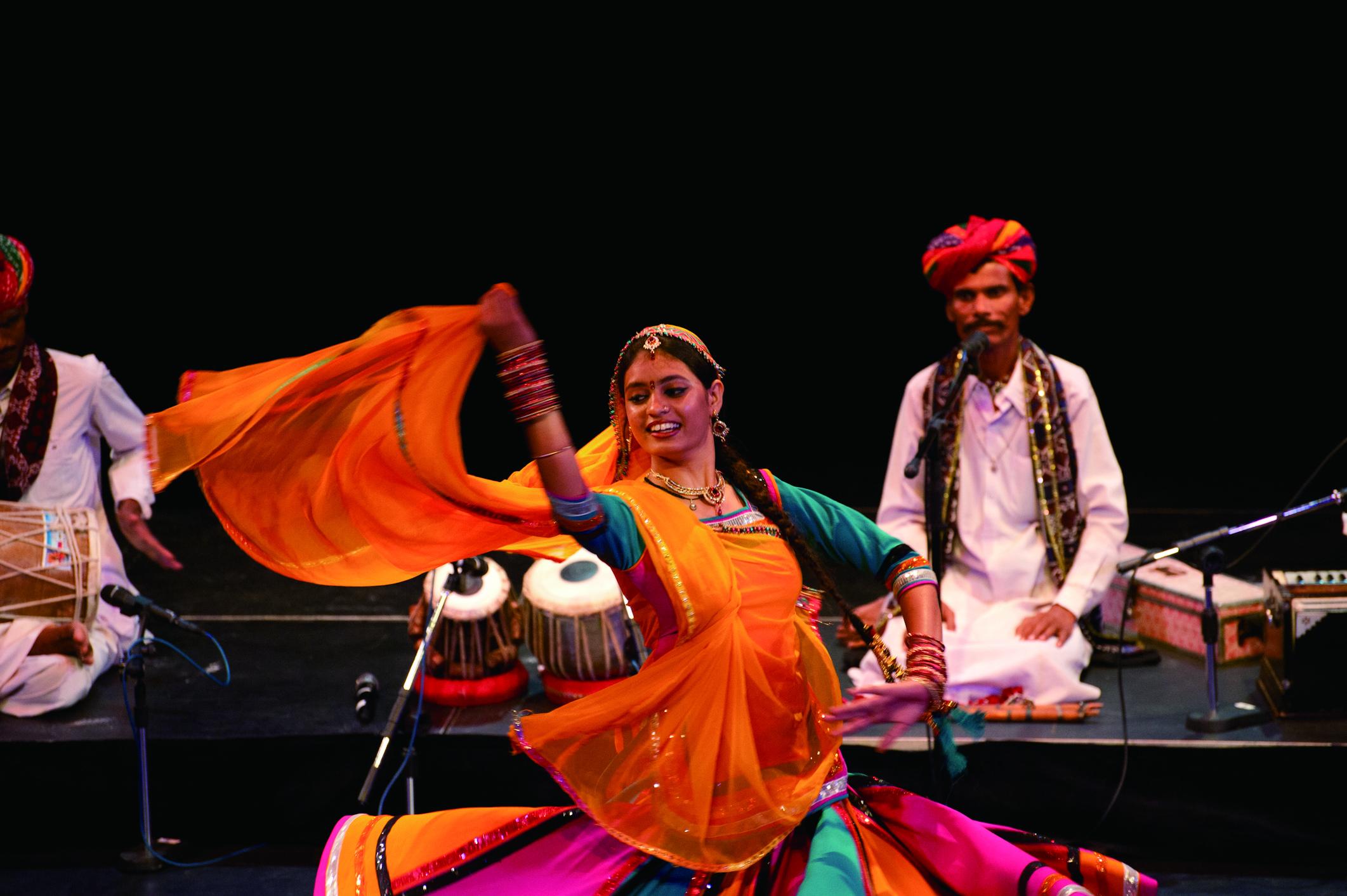 2011亞太傳統藝術節印度行旅者樂舞團.jpg
