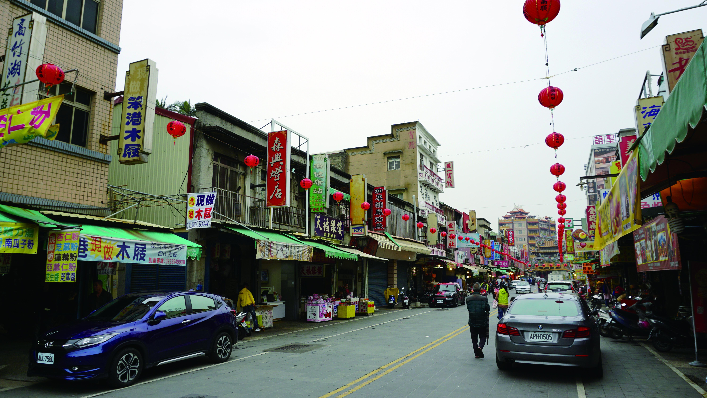 位於雲林北港老街上的「森興燈籠店」,不遠處就是北港朝天宮。.JPG