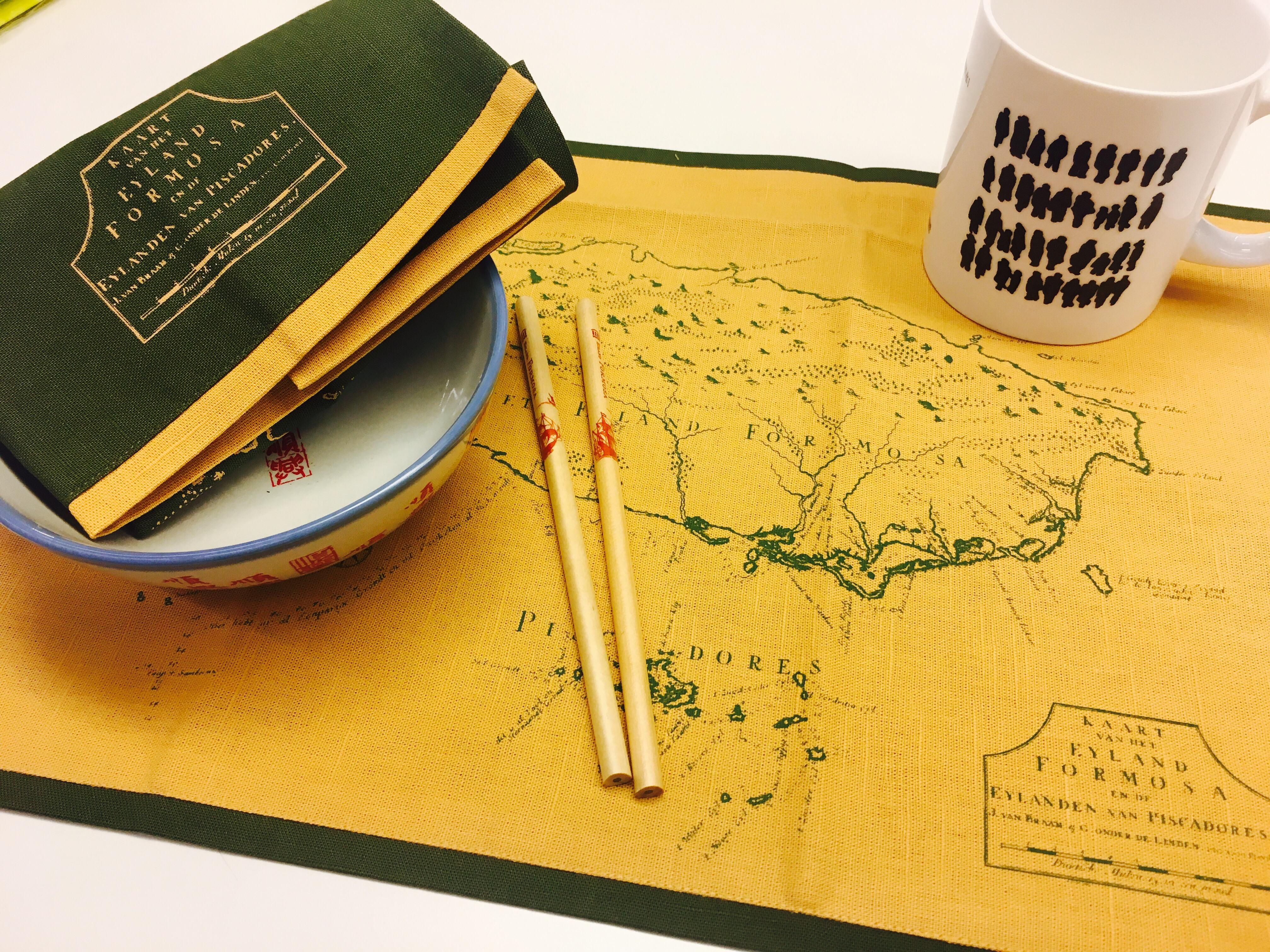 地圖布餐墊