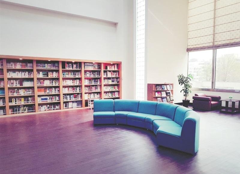 美學圖書室照片