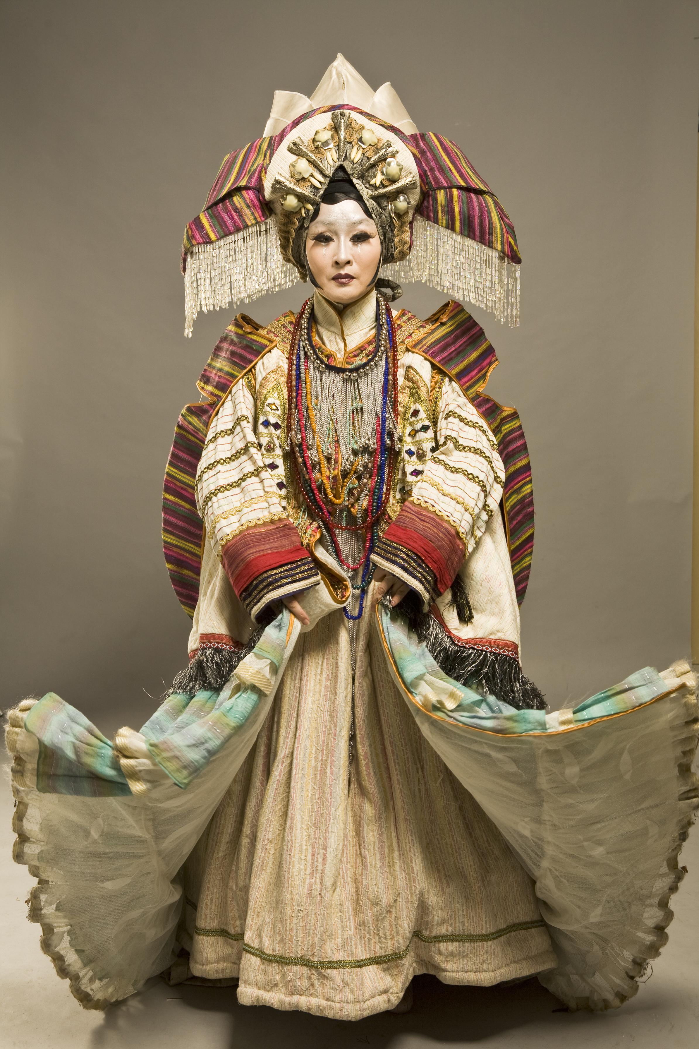 2008 年《樓蘭女》魏海敏飾演樓蘭公主美帝亞。( 當代傳奇劇場提供,郭政彰攝影).jpg