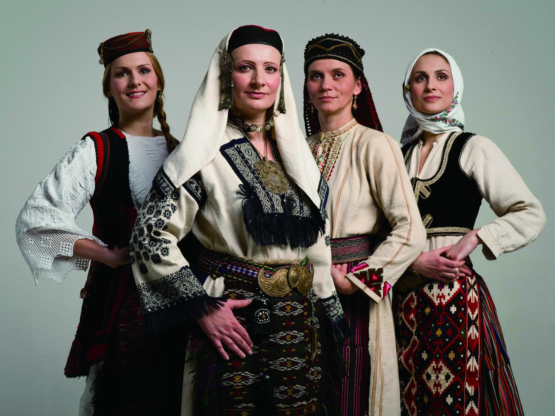 圖4來自塞爾維亞的斯巴耶齊重唱團(Svetlana Spajić Group, Serbia),以嘹亮高亢、中氣十足的吆喝嗓音,可以聲傳數公里,近乎炫技的複音歌唱風格相當特別。.jpg