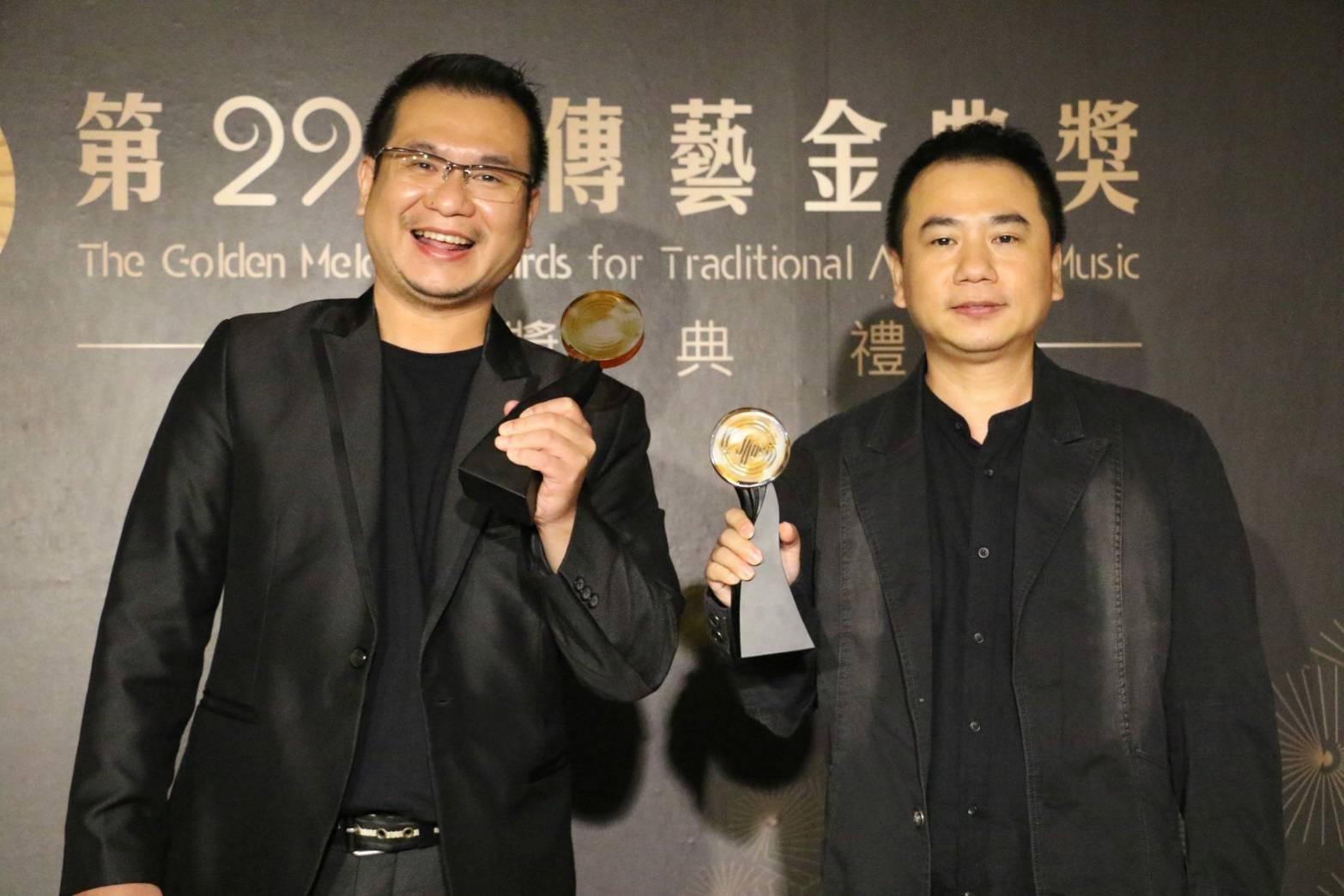 圖4真快樂掌中劇團《孟婆 ‧ 湯》獲頒「最佳團體年度演出獎」。.jpg