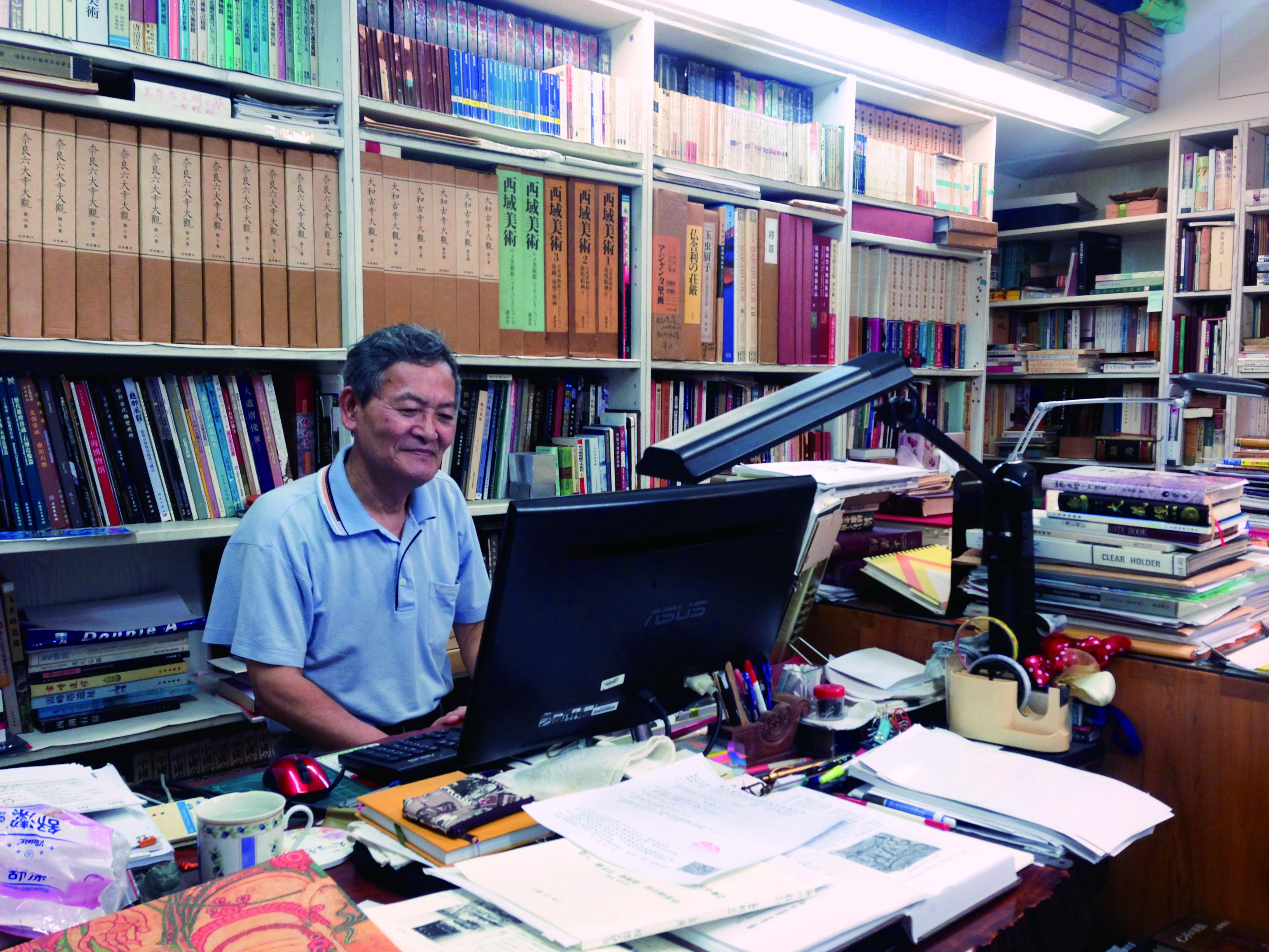 圖4 林保堯老師分享他當時在日本的筑波大學研究佛教文化藝術。( 張芮慈攝影).jpg