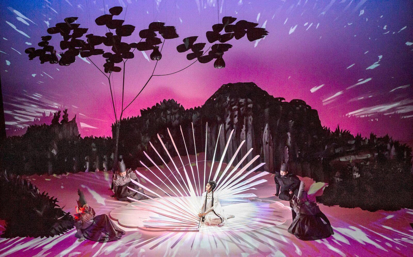 圖七由衛武營、林肯中心、美國斯波萊多藝術節及新加坡藝術節跨國共製的獨幕歌劇《驚園》將於開幕季中演出,詩意般地融合角.jpg
