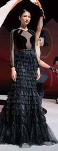 每一套服裝,都可以看見服裝設計師自己「獨特的樣子」。3-1.jpg