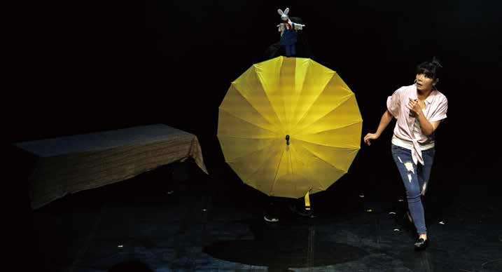 《孟.夢之間的時光》以新型態人偶穿越劇為主軸,藉由孟麗君此一角色探討現代女性的愛情觀。.jpg