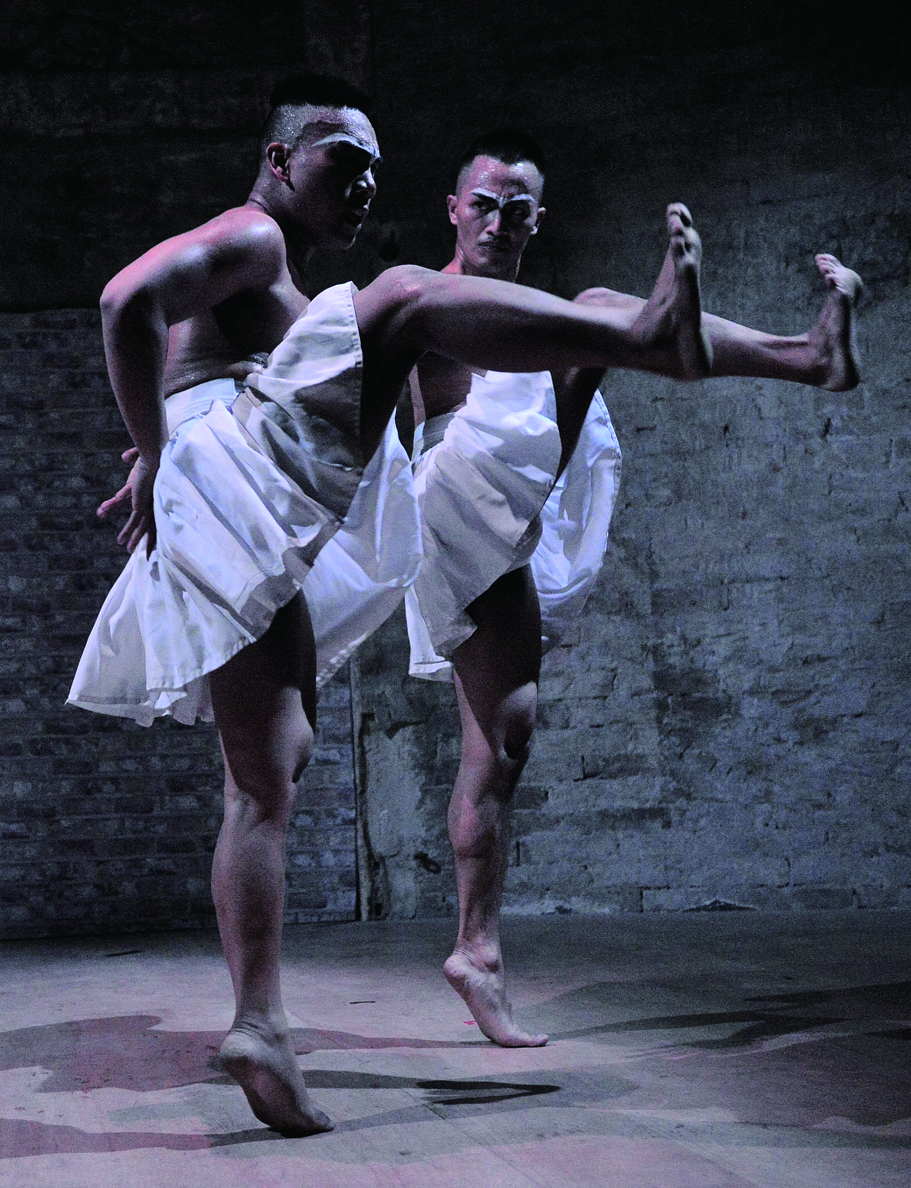 賽萬提斯國際藝術節總監表示:「很奇怪你們的舞者腿沒有很長,卻很像能在天上飛的感覺。」.jpg