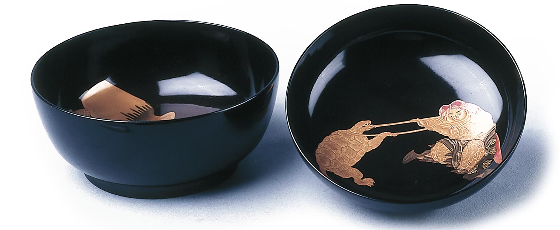 黑地圓形蓋碗以蒔繪(描金)技法裝飾。-01.jpg