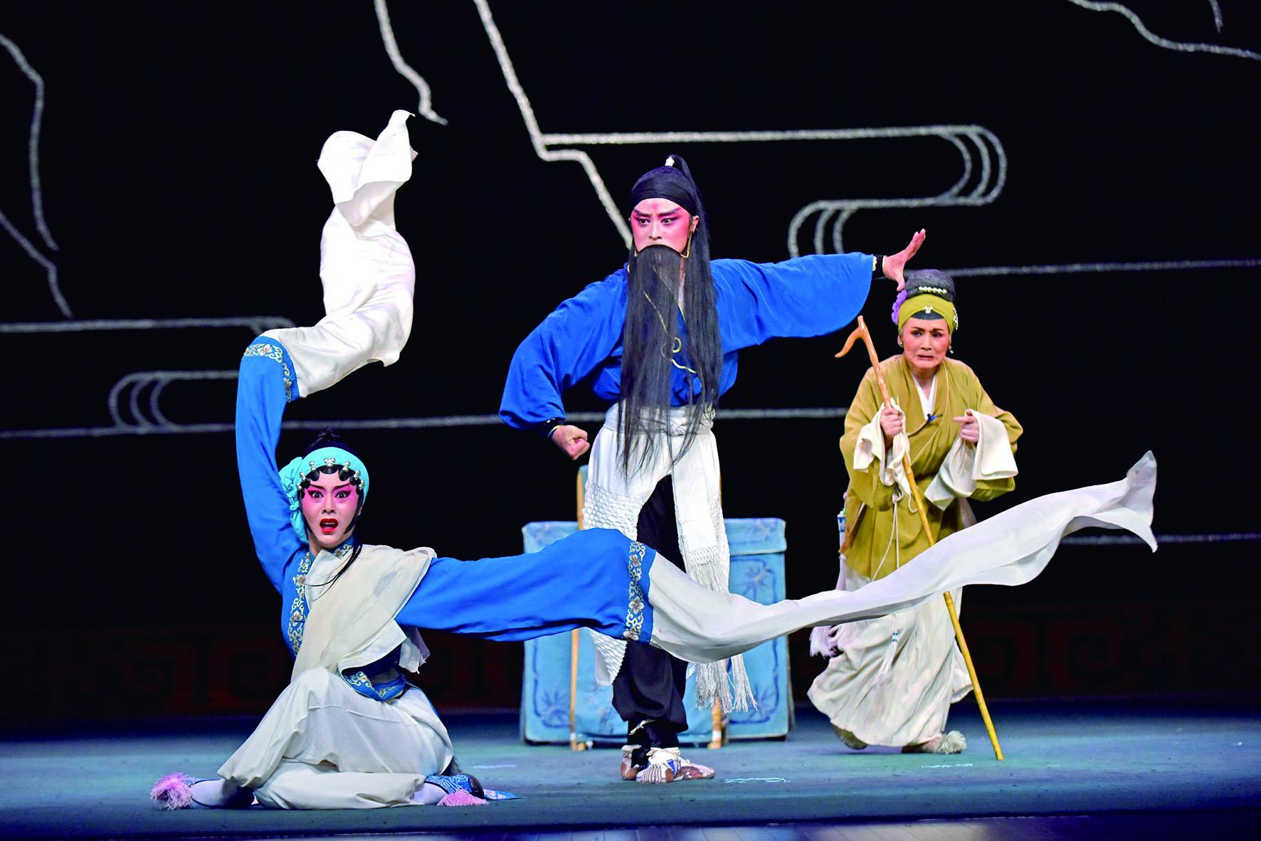 四川省川劇院《川劇傳統經典折戲專場》,要讓臺灣觀眾與戲曲界更為深入地認識川劇的多元藝術表現。.jpg