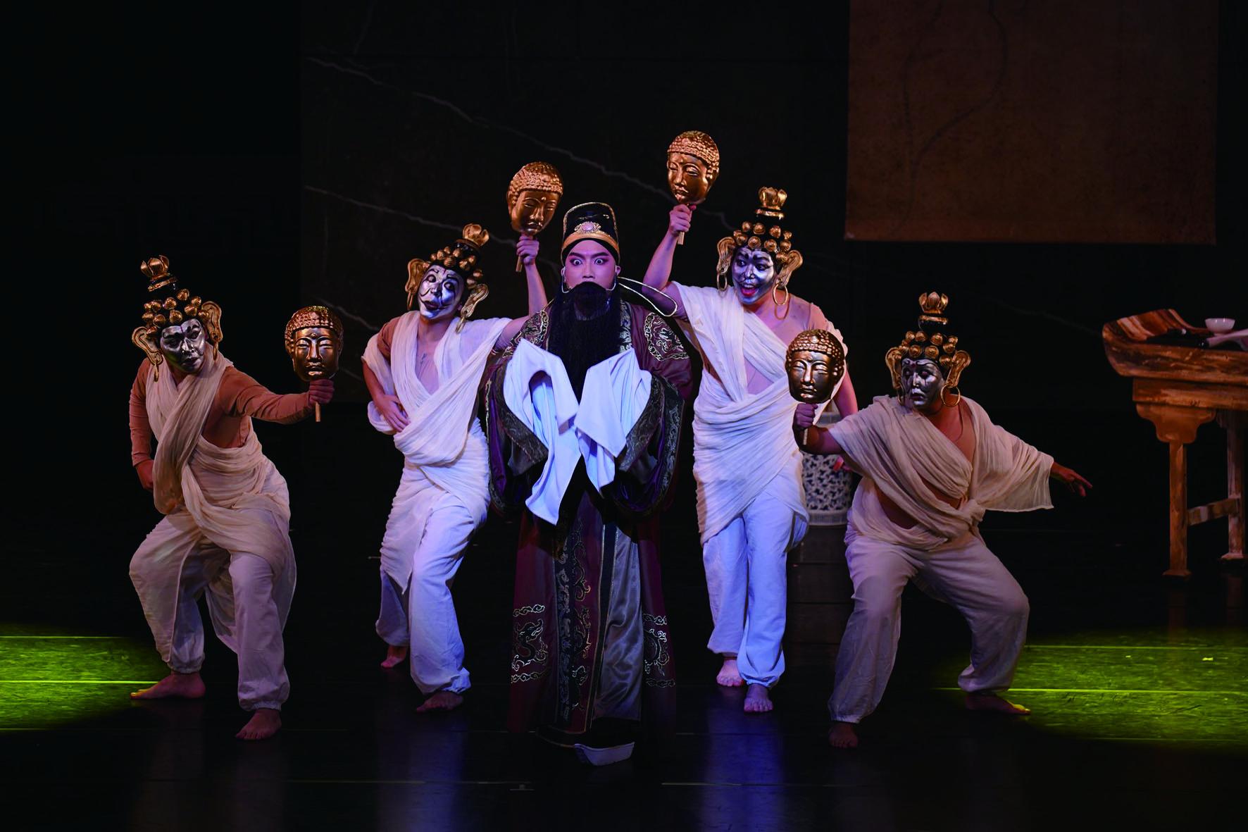2019 年榮興客家採茶劇團《地獄變》,以畫聖吳道子為題材,展現了傳統客家戲的當代新貌.jpg