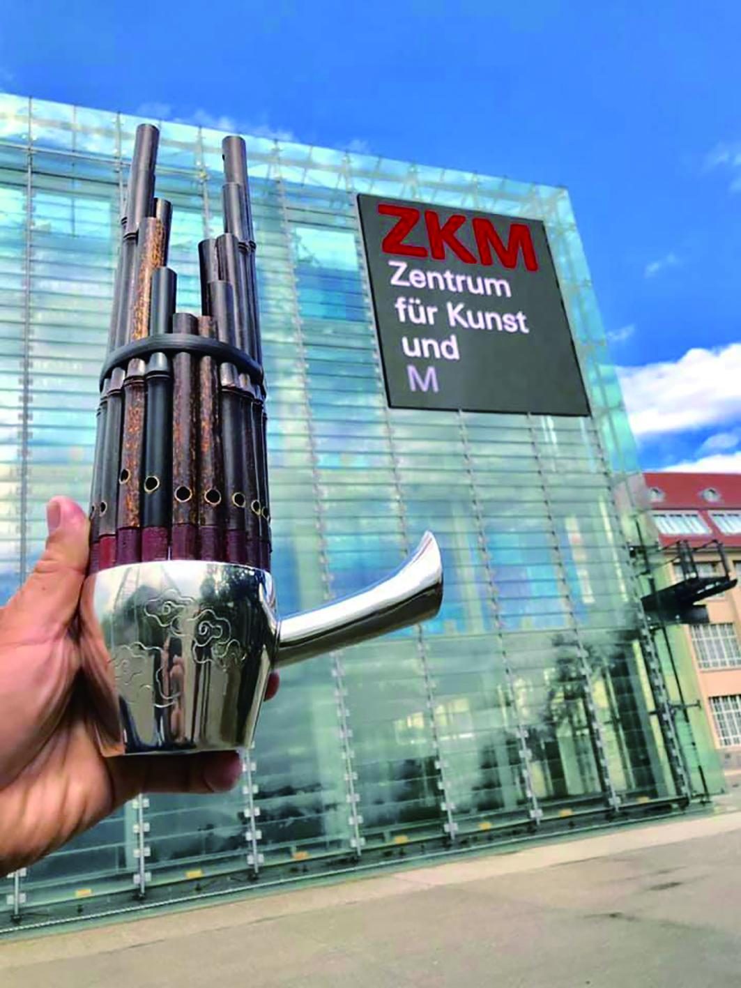 德國新媒體數位藝術中心是一個跨學科的藝術博物館和新媒體研究機構,自1997年開放後,該機構已成為現代藝術和新興媒體技術創作和展示的重要平臺。.jpg