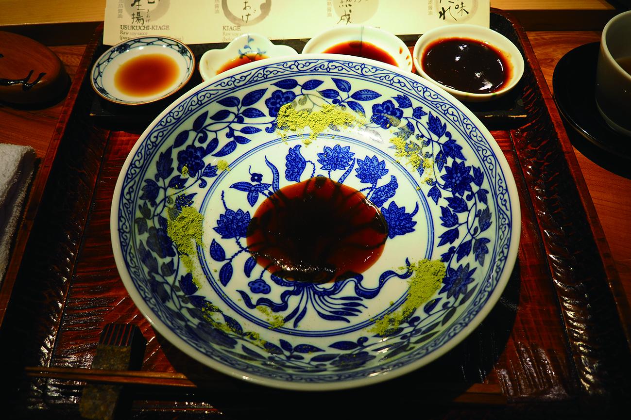 「醬油會席」讓400年歷史的釀造醬油成了晚餐最亮眼的配角。.JPG