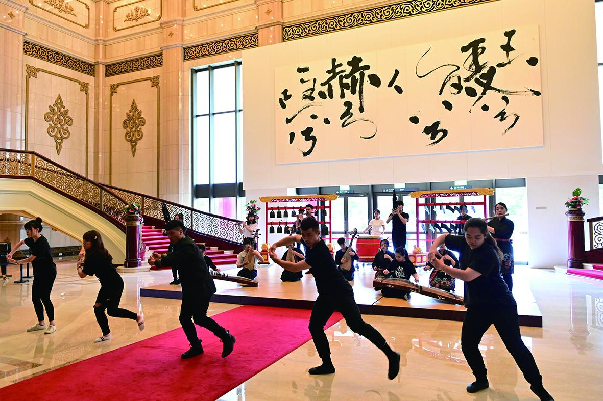 臺灣的國樂人才教育與大陸相較,比較開放與自由。.jpg