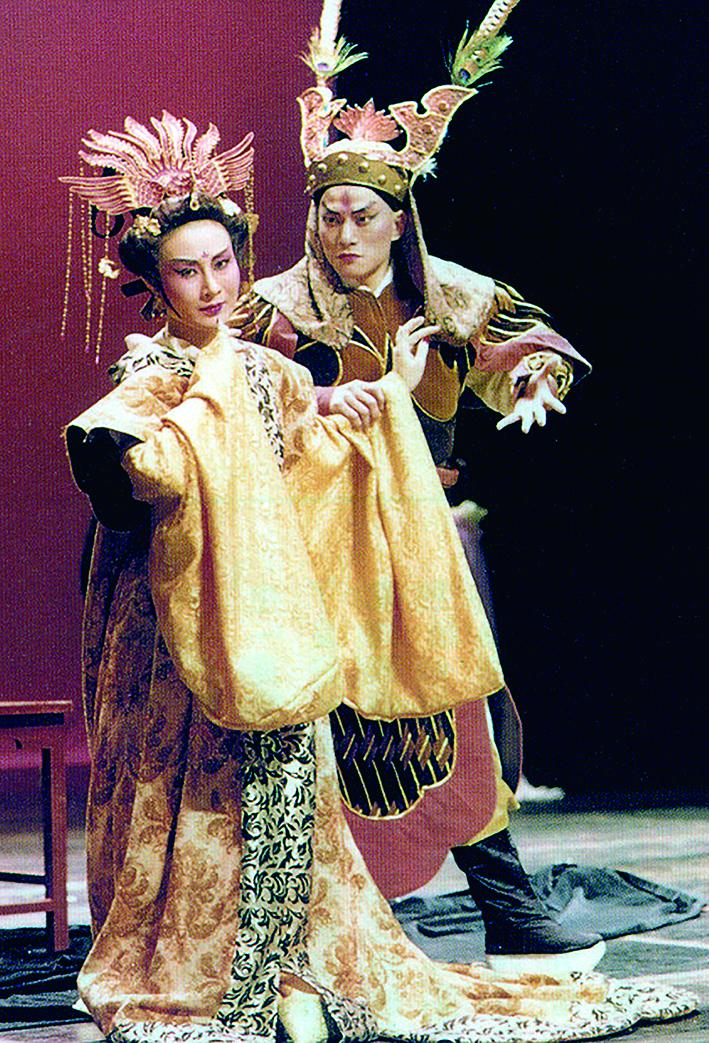 王安祈曾為當代傳奇劇場合作新編戲《王子復仇記》。.jpg