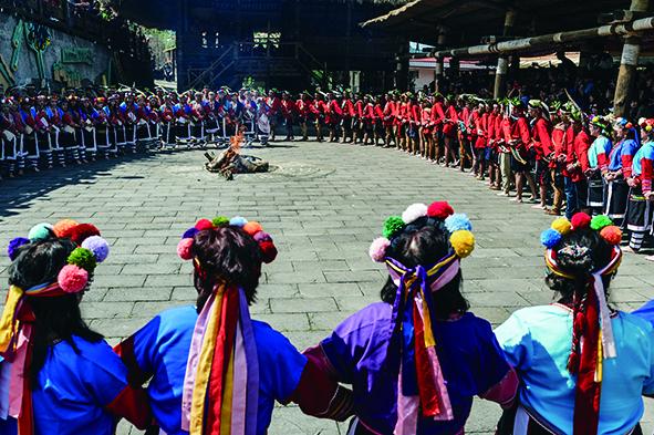 鄒族特富野部落戰祭.jpg