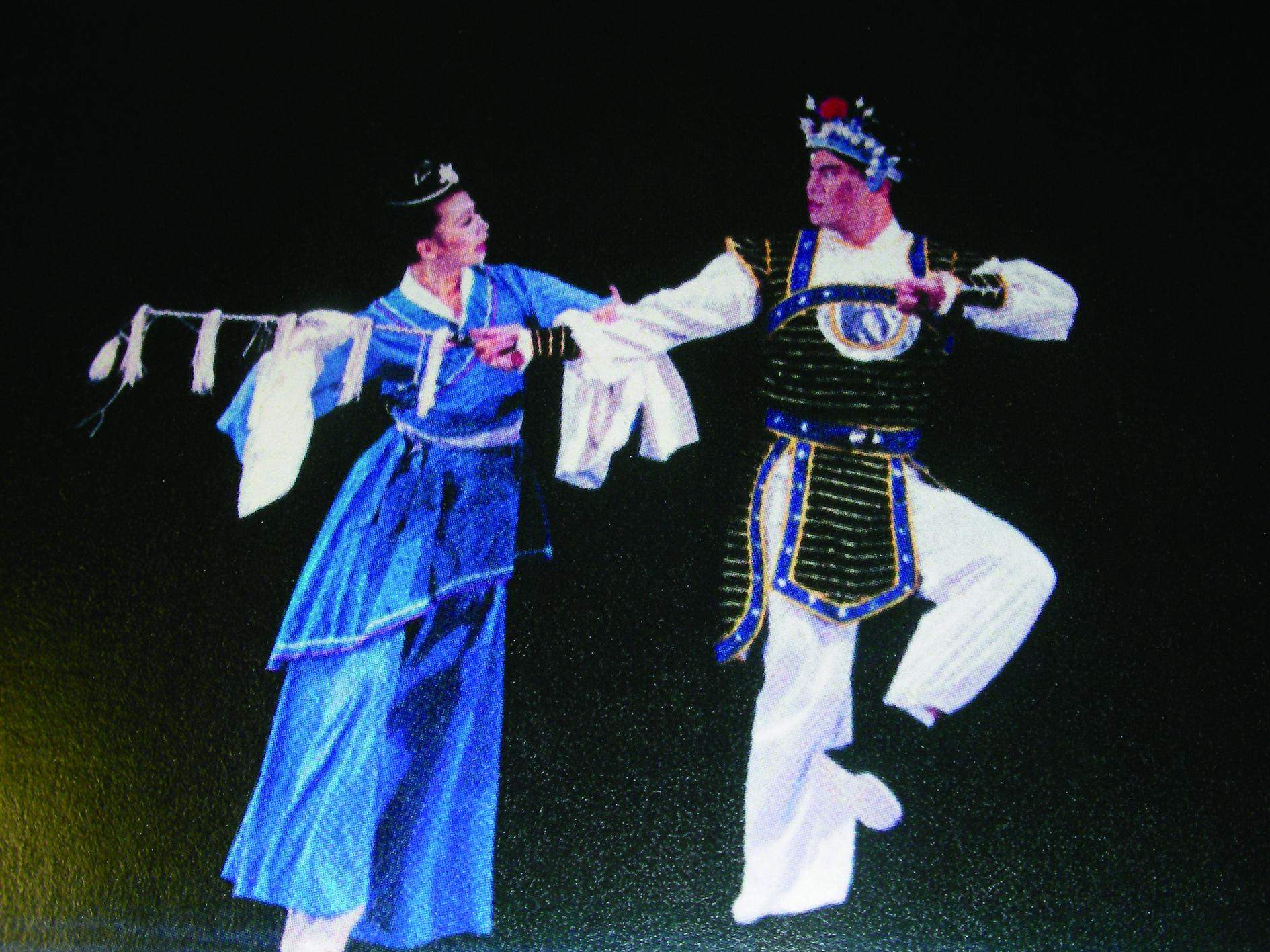 文化大學舞蹈系盧志明所編作之《別窯》,將舞蹈自戲文及原戲劇程式中抽離,創作戲曲舞蹈形式,李銘訓攝影。.JPG
