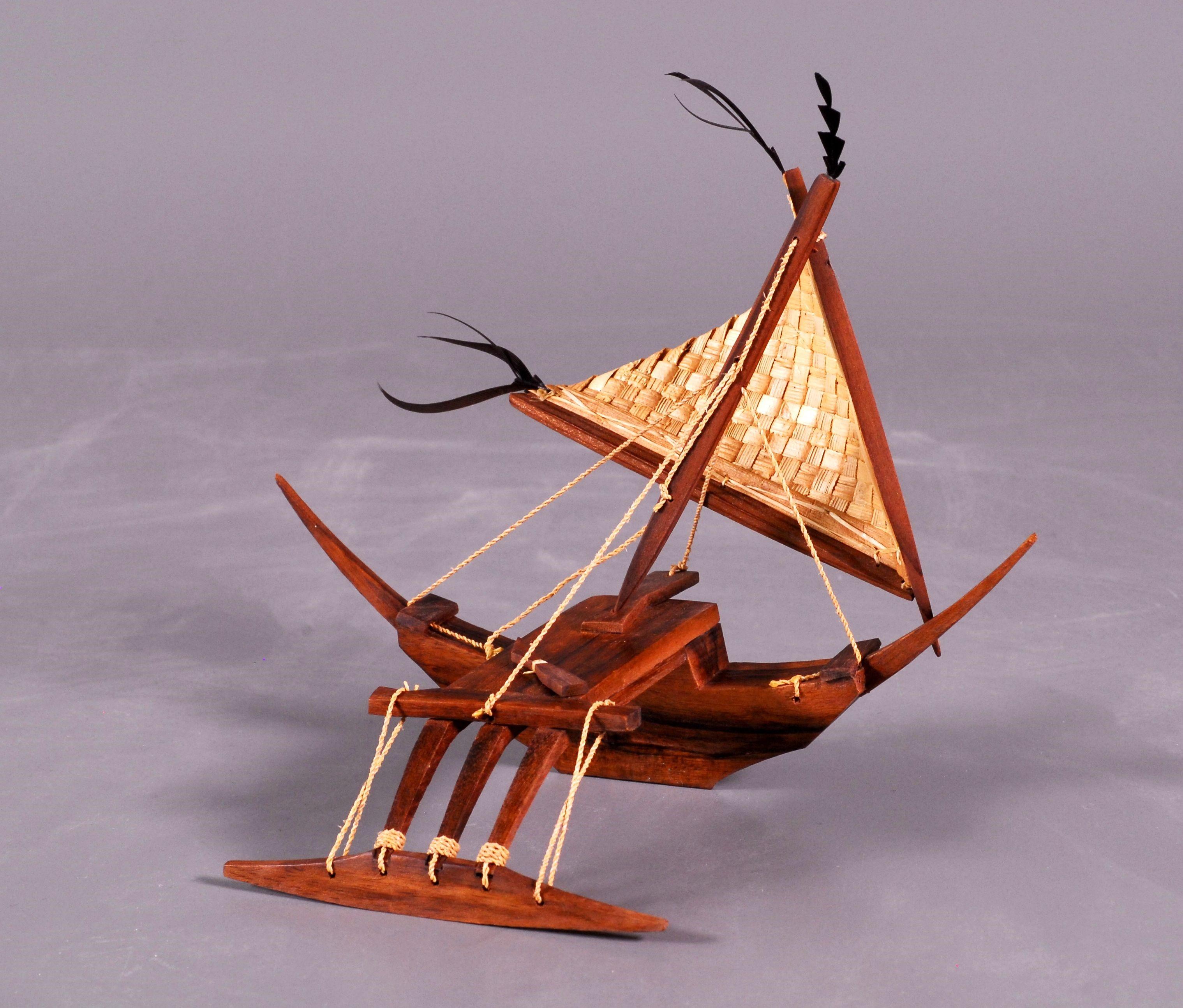 馬紹爾傳統獨木舟模型縮圖.jpg