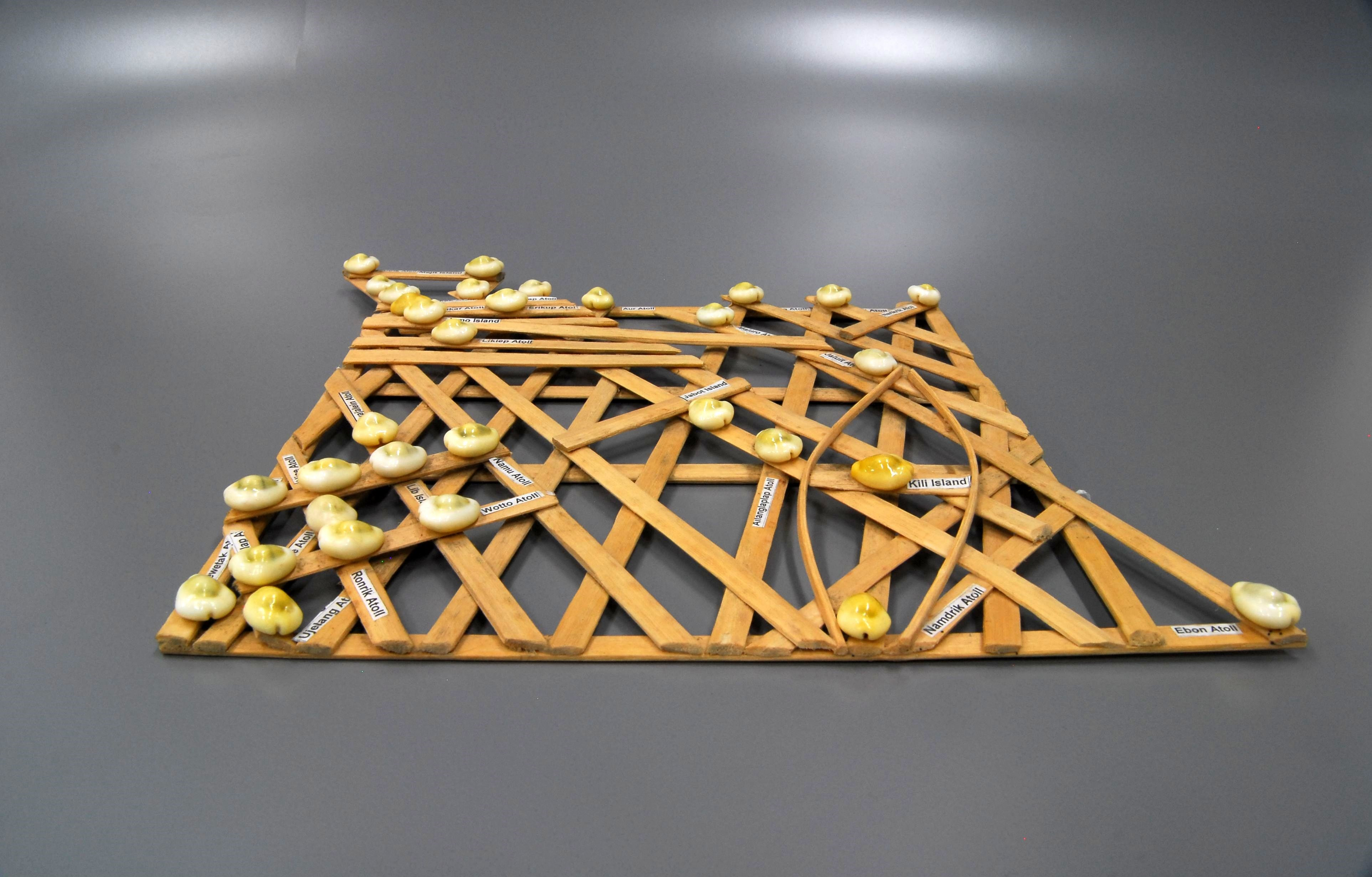 馬紹爾傳統木枝航海圖縮圖.jpg